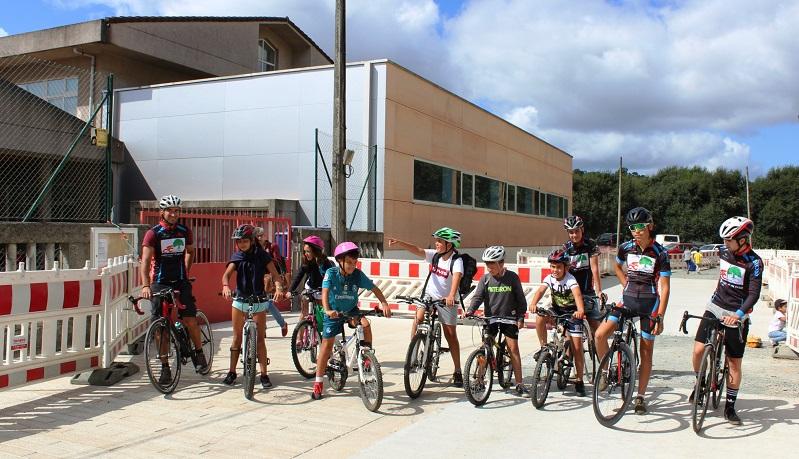 Participantes no bicibús do CEIP A Cristina