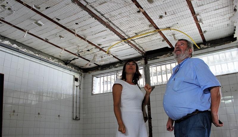 As obras inclúen a instalación de novo falso teito