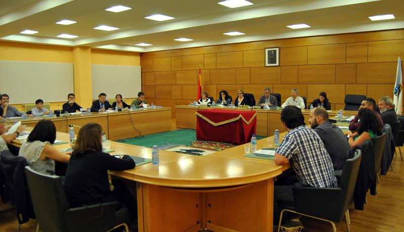 Un momento da sesión plenaria de setembro