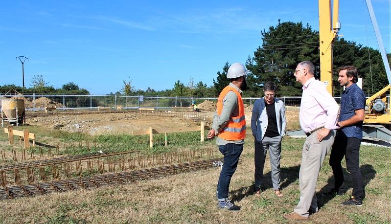 Visita do alcalde ás obras de Bértoa