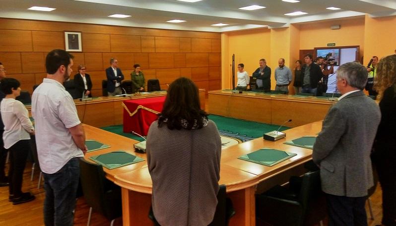 A corporación municipal celebrou un pleno urxente ás 13.30 horas