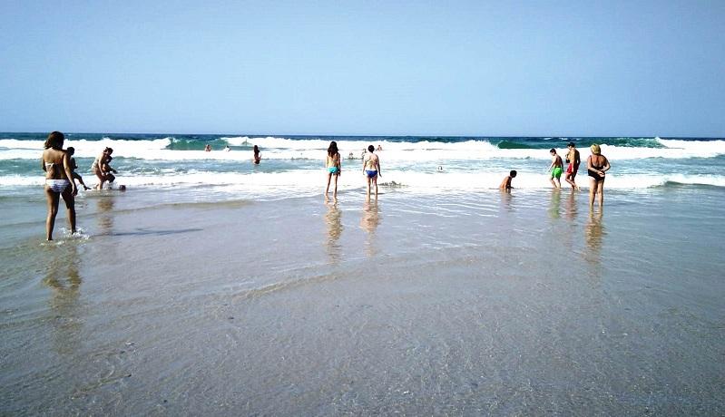 O litoral carballés está dividido en cinco zonas de baño